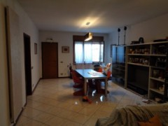APARTMENT WITH EXTRA FINISHES ON THE MATTEOTTI COURSE - 2