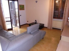 FIRST-FLOOR APARTMENT IN VERY GOOD CONDITION - 1