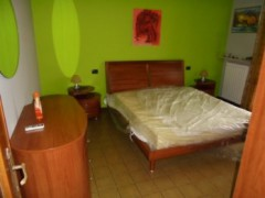 FIRST-FLOOR APARTMENT IN VERY GOOD CONDITION - 5
