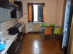 FIRST-FLOOR APARTMENT IN VERY GOOD CONDITION - 3