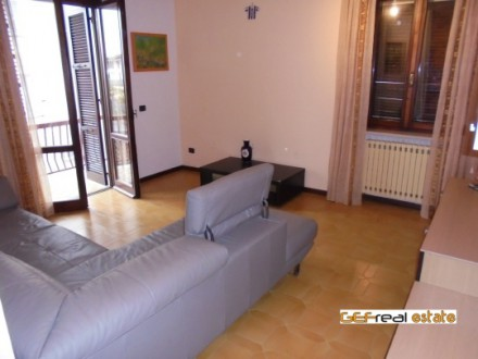 FIRST-FLOOR APARTMENT IN VERY GOOD CONDITION